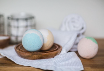 How To Make CBD Bath Bombs?